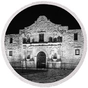 Remembering The Alamo - Black And White Round Beach Towel by Stephen Stookey