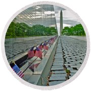 Remembrance Of Patriotism Round Beach Towel