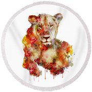 Resting Lioness In Watercolor Round Beach Towel