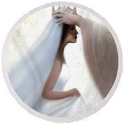 Righteous Crown Round Beach Towel