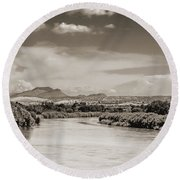 Rio Grande In Sepia Round Beach Towel