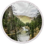 River In The Canyon Round Beach Towel