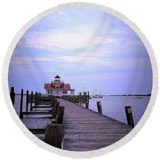 Full Moon Over Roanoke Marshes Lighthouse Round Beach Towel