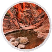 Rocks In The Slot Round Beach Towel