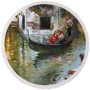 Romance In Venice 2 Round Beach Towel