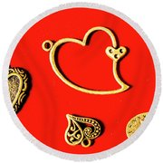 Romantic Heart Decorations Round Beach Towel