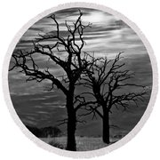 Roots In Black And White Round Beach Towel