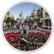 Roy And Minnie Mouse Walt Disney World Mp Round Beach Towel