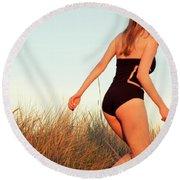 Running Unsharp In The Golden Hour Round Beach Towel