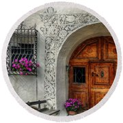 Rustic Front Door Round Beach Towel