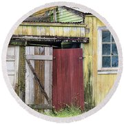 Rustic Shed Panorama Round Beach Towel