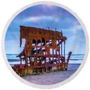 Rusting Peter Iredale Round Beach Towel