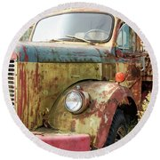 Rusty And Crusty Reo Truck Round Beach Towel