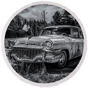 Rusty Old Studebaker Round Beach Towel