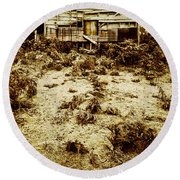 Rusty Rural Ramshackle Round Beach Towel