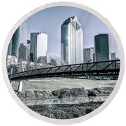 Sabine Promenade Over Buffalo Bayou Round Beach Towel