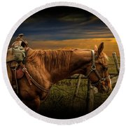Saddle Horse On The Prairie Round Beach Towel