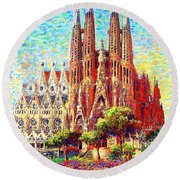Sagrada Familia Round Beach Towel