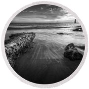Sail Into The Sunset - Bw Round Beach Towel