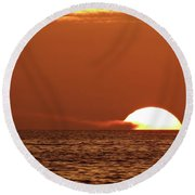 Sailing In The Sunset Round Beach Towel