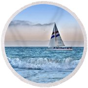 Sailing Santa Cruz Round Beach Towel