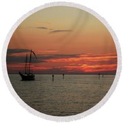 Sailing Sunset Round Beach Towel