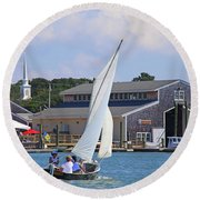 Sailing The Dorothy Round Beach Towel
