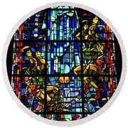 Sainte-mere-eglise Paratrooper Tribute Stained Glass Window Round Beach Towel