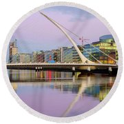 Samuel Beckett Bridge At Dusk Round Beach Towel