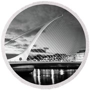 Samuel Beckett Bridge In Bw Round Beach Towel