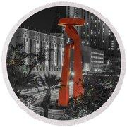 San Antonio La Antorcha De La Amistad Sculpture In Selective Color Round Beach Towel