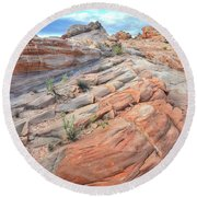 Sandstone Crest In Valley Of Fire Round Beach Towel