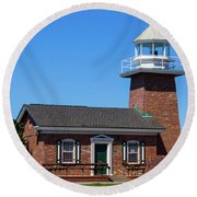 Santa Cruz Lighthouse Round Beach Towel