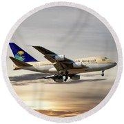 Saudi Arabian Government Boeing 747-sp Round Beach Towel