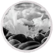 Sea Foam B-w Round Beach Towel