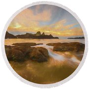 Seal Rock Sunset Round Beach Towel