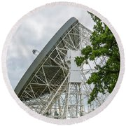 Searching The Heavens Round Beach Towel
