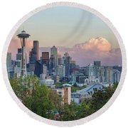 Seattle Washington City Skyline At Sunset Round Beach Towel