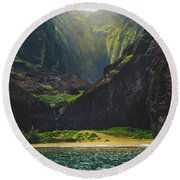 Secluded Kalalau Beach Round Beach Towel