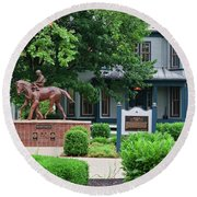 Secretariat Statue At The Kentucky Horse Park Round Beach Towel