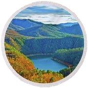 Serene Mountains And Lake Round Beach Towel