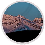 Setting Moon Over Alaskan Peaks Vi Round Beach Towel
