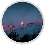 Setting Moon Over Peaks IIi Round Beach Towel