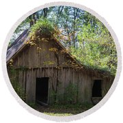 Shack In The Woods Round Beach Towel