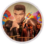 Shopping In Brooklyn With Mohamed Ali Round Beach Towel