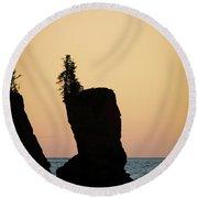 Shovel Point On Lake Superior Round Beach Towel