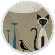 Siamese Cat With Eames House Bird Round Beach Towel