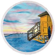 Siesta Key Life Guard Shack At Sunset Round Beach Towel