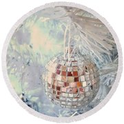 Silver And White Christmas Round Beach Towel
