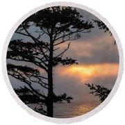 Silver Point Silhouette Round Beach Towel